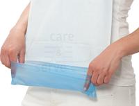 care&serve-Einweg-PE-Latz, Einmal-Lätzchen, 10 cm Auffangleiste, Tissue Papier Beschichtung, Bänder im Nacken, saugfähig, Polybeutel,